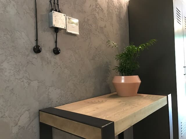 Commercial polished plastering London